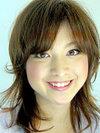 万里子(33歳)